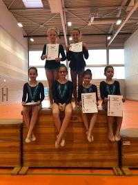 Unsere jungen Gymnastinnen nach dem aufregenden Wettkampf