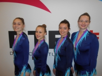 Melina, Anna-Lena, Sibille und Birgit beim Mixed-Wettkampf
