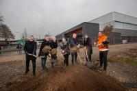 v.l.: Bürgermeister Yalcin Bayraktar , Rainer Gänßle von Gänßle und Hehr, Planungsbüro, OB...</div></li>         <li class=