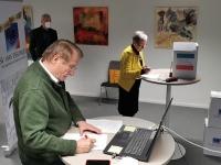 Wolfgang Drexler Vorsitzender FCE und Margot Kemmler Vorsitzende SV 1845 ES unterzeichnen den...</div></li></ul> </div> <!-- /light-rss --><div style=